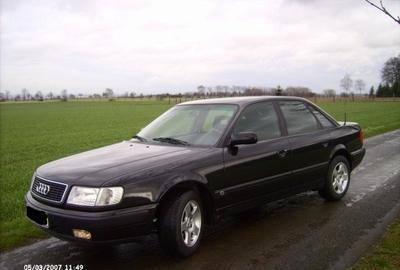 Фото 2 Audi 100 4 дв. седан