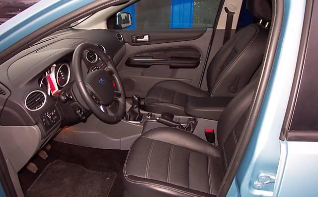 Фото 4 Ford Focus 5 дв. хэтчбек