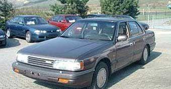 Фото 1 Mazda 929 4 дв. седан