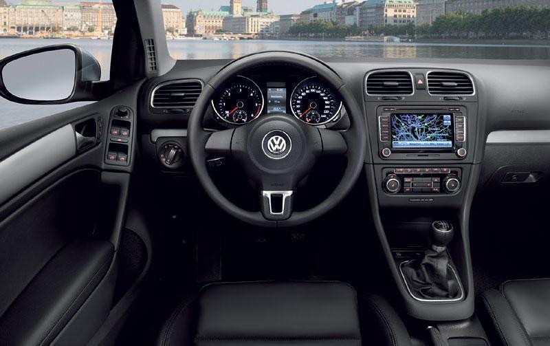 Фото 3 Volkswagen Golf 3 дв. хэтчбек