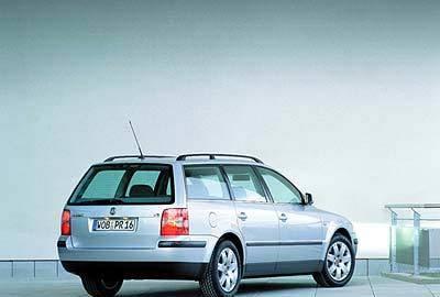Фото 3 Volkswagen Passat 5 дв. универсал