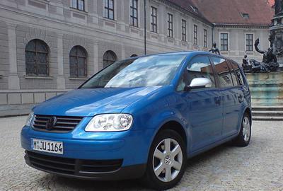Фото 4 Volkswagen Touran 5 дв. минивэн