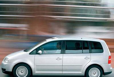 Фото 3 Volkswagen Touran 5 дв. минивэн