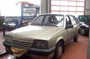 Фото 1 Opel Ascona 5 дв. хэтчбек