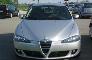 Фото 1 Alfa Romeo 147 3 дв. хэтчбек