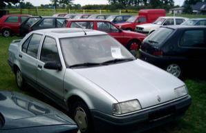 Фото 1 Renault 19 3 дв. хэтчбек