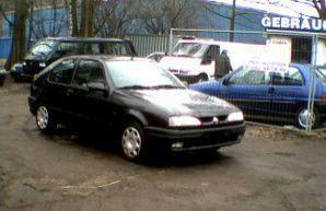 Фото 2 Renault 19 3 дв. хэтчбек