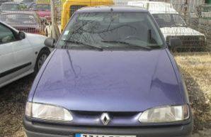 Фото 4 Renault 19 3 дв. хэтчбек