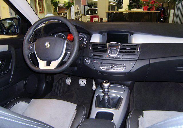 Фото 1 Renault Laguna 5 дв. универсал